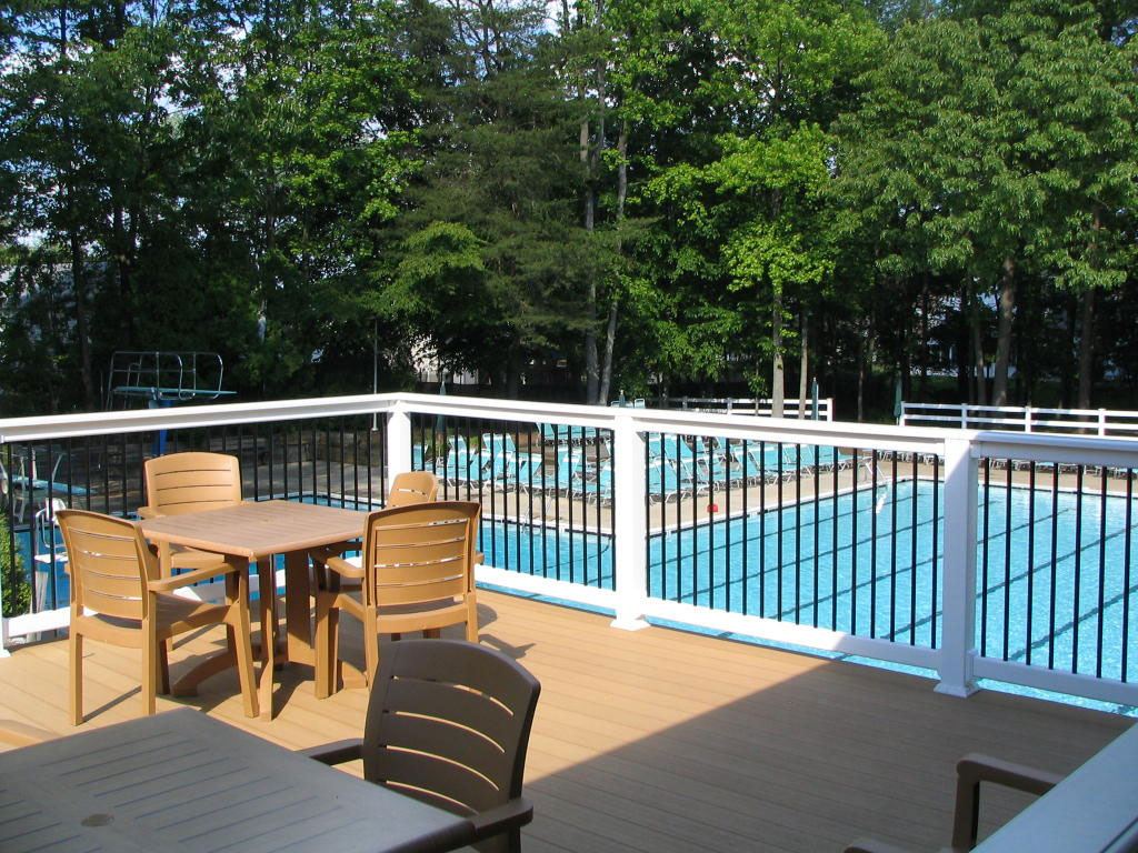 outside-deck--view-to-pool